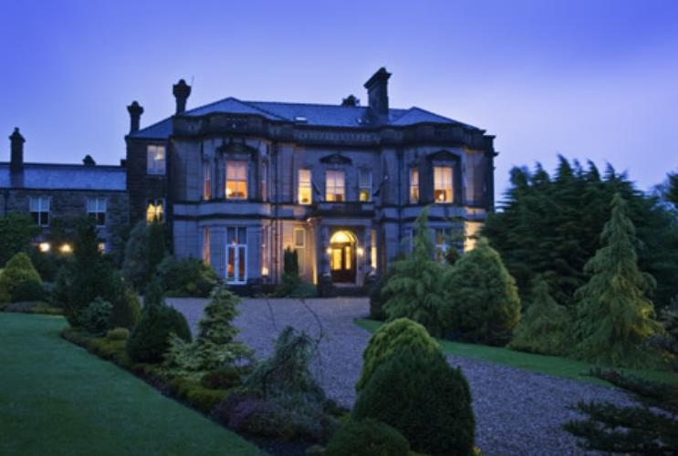 Tre Ysgawen Hall Country House Hotel And Spa